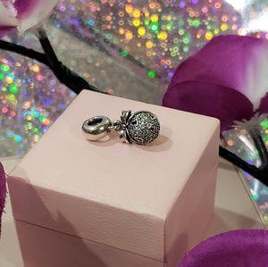 🌺 Pandora Christmas Wish Dangle Charm 🌺
